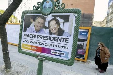 Argentinos reflexionan antes de crucial elección