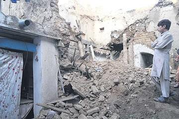 Un terremoto de 7,5 grados azota vastas zonas de Pakistán