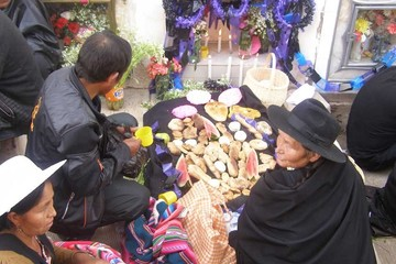 Las tradiciones que deben convivir en Todos Santos