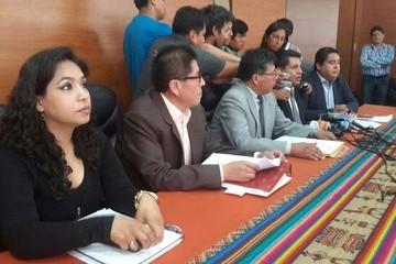 TCP da luz verde a referéndum y  MAS apura ley de convocatoria