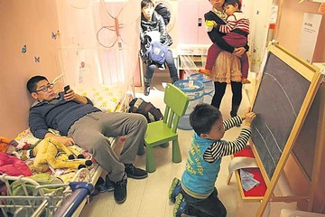 China decide poner fin a su política del hijo único