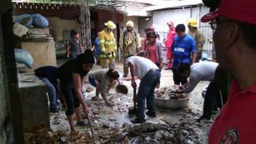 Dos heridos en incendio de fábrica de sombreros