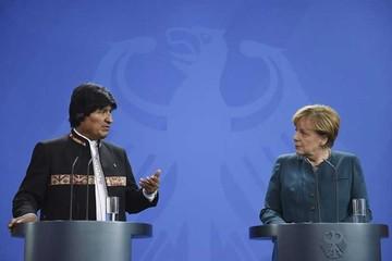 Bolivia suscribe convenio por 43 millones de euros