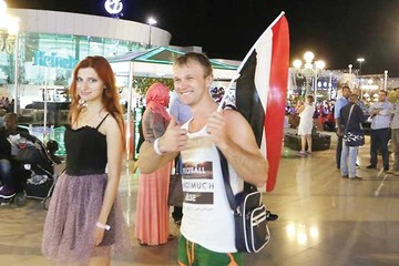Los turistas rusos dejan Egipto tras suspensión de vuelos