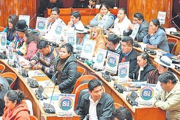 TSE prohíbe difundir actos de entrega 30 días antes de consulta