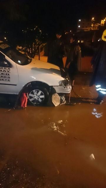 Derrumbes e inundaciones dejan pérdidas materiales en varias familias de Sucre