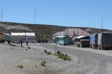 Charaña  realiza cabildo y anuncia inminente marcha hacia La Paz
