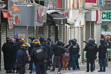 Francia: Redada policial deja muertos y detenidos