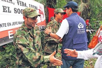 Colombia: FARC lanzan críticas al Gobierno
