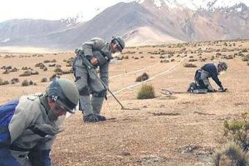 Chile afirma que tiene plazo para desminado hasta el año 2020