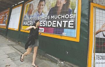 El Papa irrumpe al final de campaña en Argentina