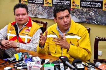 Revilla dice que el gobierno chantajea a municipios para la campaña del Sí a cambio de recursos