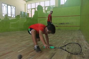 Squash descubre nuevos talentos en torneo local