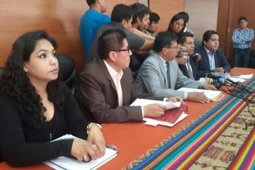 Cuatro magistrados se van a China un mes y dejan sin quórum el Tribunal Constitucional