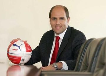 El fútbol chileno elegirá a nuevos dirigentes en enero