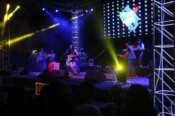 Cierra el FIC 2015 con un show  a todo dar y sonados aplausos