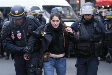 Protestas por el medioambiente terminan con 289 detenidos en París