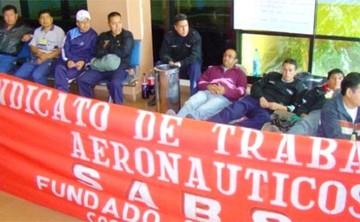 Trabajadores de Sabsa inician huelga de hambre en tres aeropuertos