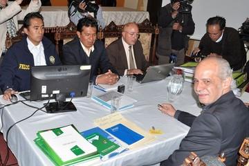 Bolivia enviará fiscales a Paraguay y EE.UU. por denuncias contra ex directivos