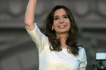 Macri inicia su mandato tras despedida de Cristina