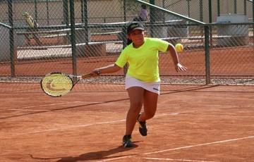 Arranca torneo de tenis
