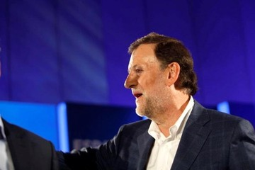 Mariano Rajoy es agredido durante un acto electoral en España