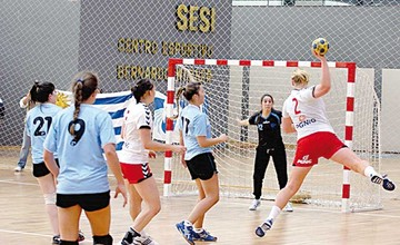 Handball inaugura primer torneo nacional en Sucre