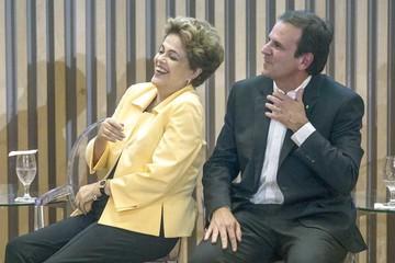 Dilma Rousseff gana tiempo después de  semana turbulenta