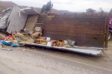 Accidente deja 15 fallecidos en la ruta Cochabamba - Oruro