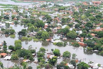 Las inundaciones no dan tregua en países del sur continental