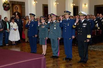 Asume nuevo alto mando militar que incluye a una mujer