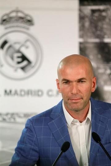 Zidane asume como nuevo entrenador del Real Madrid