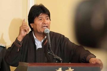 """""""La derecha en Bolivia son la prensa y redes sociales"""""""
