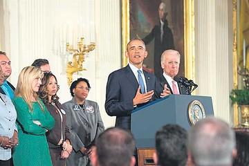 Obama presenta decretos para el control de armas