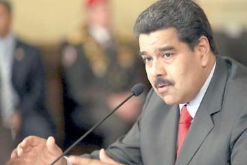 Maduro cambia Gabinete y reta a activar revocatorio