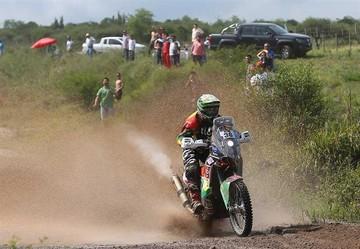 Pilotos escalan puestos en la  categoría motos