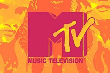Critican a MTV Australia por un tuit en los Globos de Oro