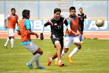 Sport Boys golea  en amistoso a la Sub 18 de Oruro