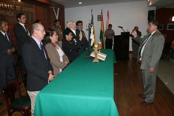 Hugo Córdova Egües asume la presidencia del Tribunal Departamental de Justicia de Chuquisaca