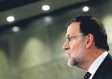 Rajoy no declina y anuncia que buscará una coalición