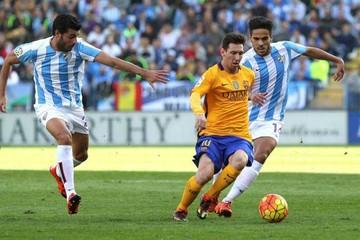 El Barça consigue un sufrido triunfo y asume el liderato