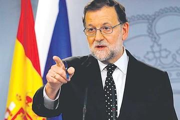 Rajoy recuerda a su opositor Sánchez que tiene mayoría