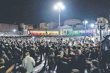 Miles apoyan las uniones homosexuales en Italia