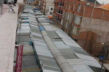 Alcaldía se compromete a reubicar a comerciantes