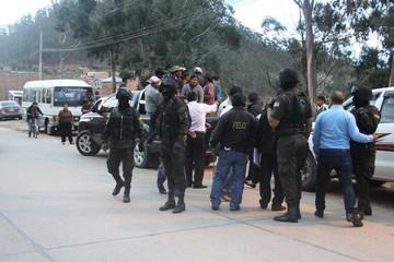 23 ocupantes de terreno son detenidos en El Abra