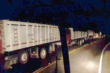 Transportistas comienzan paro y bloqueo indefinido
