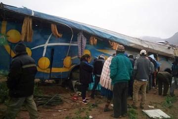Accidente de flota deja 9 fallecidos en ruta Potosí-Oruro
