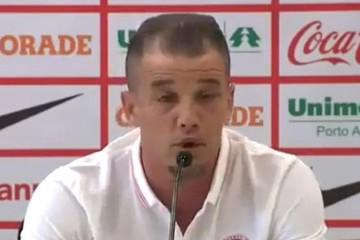 D'Alessandro deja Brasil y anuncia su vuelta a River Plate