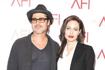 Hombre orina en los arbustos de la casa de Brad Pitt y Angelina Jolie
