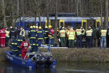 Al menos diez muertos en peor accidente ferroviario en Alemania en cinco años